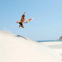 Kanoa-Igarashi-Sand-Jump_200
