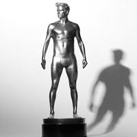 fs-beckham-statue_200