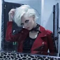 JoanJett_HotTopic_video1_200